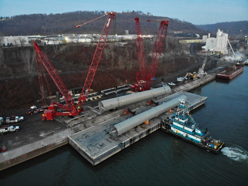 Weirton Barge Offload